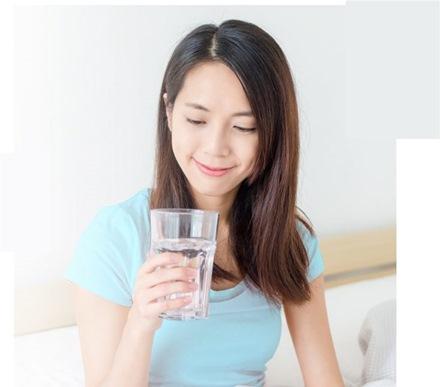 ถ่ายไม่ออก ดื่มน้ำน้อย